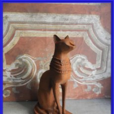 Antigüedades: GATO DE HIERRO EGIPCIO REPRESENTANDO A LA DIOSA BASTET. Lote 260069995