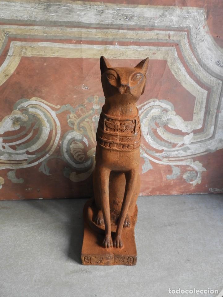 Antigüedades: GATO DE HIERRO EGIPCIO REPRESENTANDO A LA DIOSA BASTET - Foto 3 - 260069995