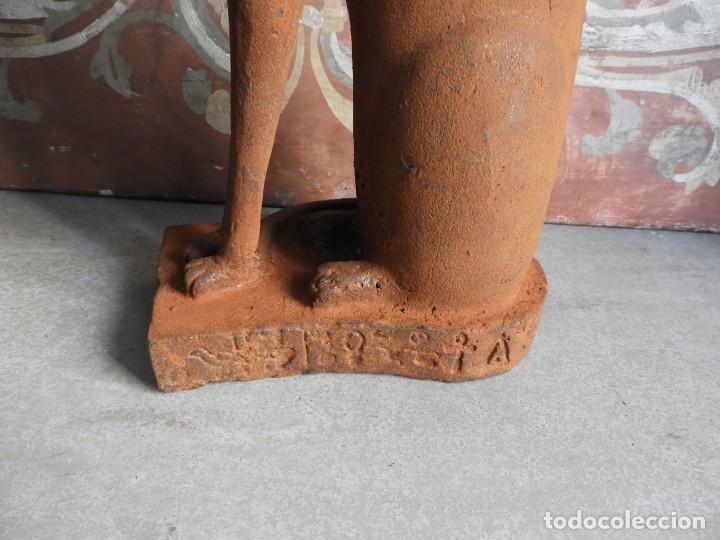 Antigüedades: GATO DE HIERRO EGIPCIO REPRESENTANDO A LA DIOSA BASTET - Foto 6 - 260069995