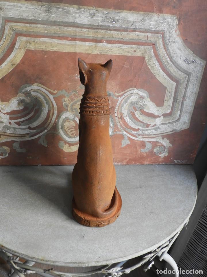 Antigüedades: GATO DE HIERRO EGIPCIO REPRESENTANDO A LA DIOSA BASTET - Foto 7 - 260069995