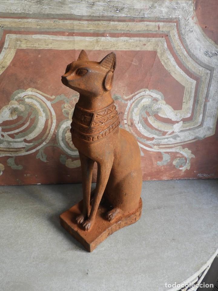 Antigüedades: GATO DE HIERRO EGIPCIO REPRESENTANDO A LA DIOSA BASTET - Foto 10 - 260069995