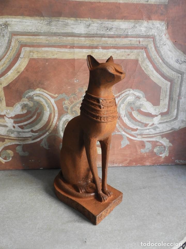 Antigüedades: GATO DE HIERRO EGIPCIO REPRESENTANDO A LA DIOSA BASTET - Foto 11 - 260069995