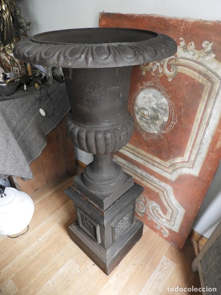 Antigüedades: IMPORTANTE COPA DE HIERRO CON SU PEDESTAL IMPERIO ALTURA 129 CM. - Foto 7 - 260319120