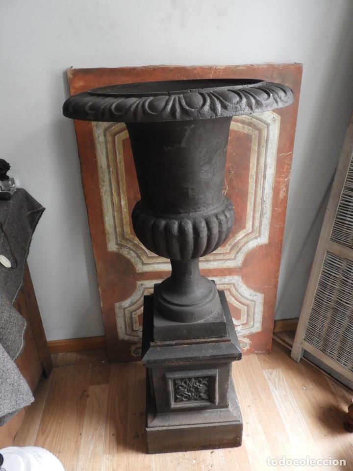 Antigüedades: IMPORTANTE COPA DE HIERRO CON SU PEDESTAL IMPERIO ALTURA 129 CM. - Foto 11 - 260319120