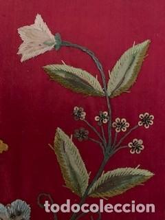 Antigüedades: Excepcional carpeta porta corporales bordada en seda de colores. S. XIX. - Foto 6 - 260359975
