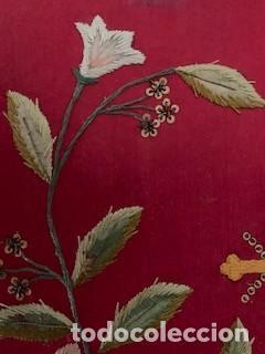 Antigüedades: Excepcional carpeta porta corporales bordada en seda de colores. S. XIX. - Foto 7 - 260359975