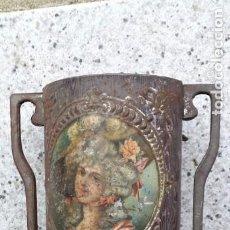 Antigüedades: JARRA MODERNISTA ANTIGUA ,CON MARCA. Lote 260393060