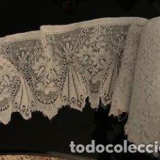 Antigüedades: MAGNIFICO ENCAJE FLORAL DE GRANDES DIMENSIONES. S. XIX. Lote 260415795