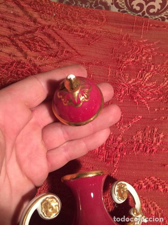 Antigüedades: Antigua copa jaron/ florero de estilo Isabelino de los años 40-50 decoraciones Florales - Foto 7 - 260495825