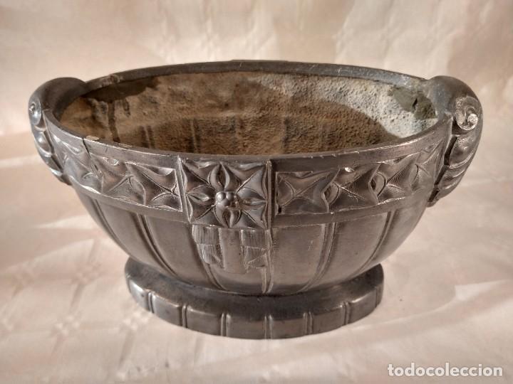 Antigüedades: CENTRO-JARDINERA ART DECÓ EN ESTAÑO. DECORACIÓN GALLONADA. CIRCA 1920. FRANCIA. - Foto 2 - 260506545