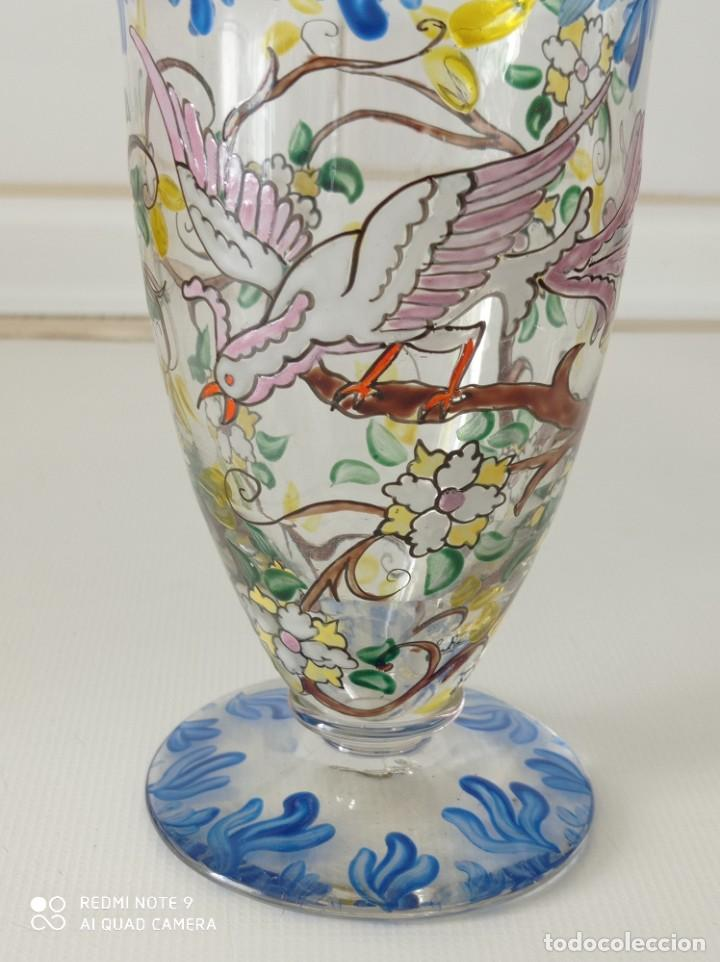 Antigüedades: Antigua copa de cristal soplado catalán firmada por E.Rieras pintada a mano en esmaltes - Foto 3 - 260574910
