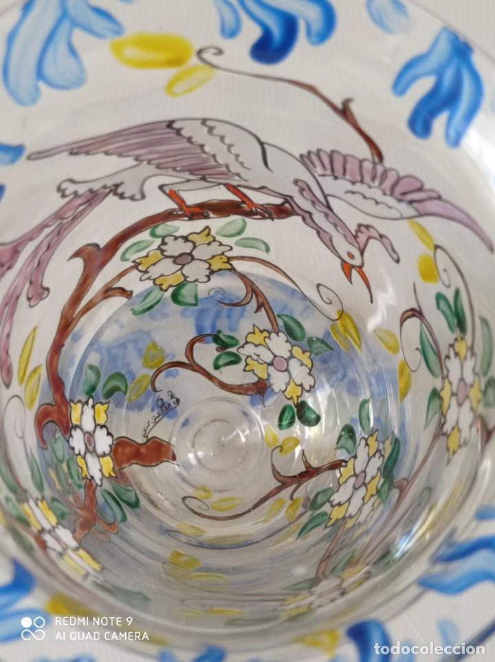 Antigüedades: Antigua copa de cristal soplado catalán firmada por E.Rieras pintada a mano en esmaltes - Foto 6 - 260574910