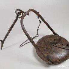 Antigüedades: LAMPARA CANDIL ACEITE - LLAMADA DE SAPO- LENTEJA-FORJA MANUAL ESPAÑOLA SIGLO XVIII. Lote 260677265