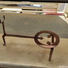 Antigüedades: ANTIGUO TREBEDE DE HIERRO FORJADO. Lote 260770120