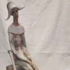 Antigüedades: FIGURA ARLEQUÍN DE LLADRO. Lote 261160260
