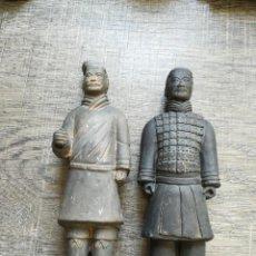 Antigüedades: 2 GUERREROS DE SIAM DE CERÁMICA. Lote 261188070