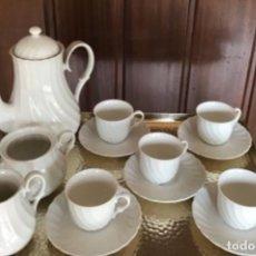 Antigüedades: JUEGO DE CAFÉ DE PORCELANA PARA 8 BAVARIA. Lote 261299710