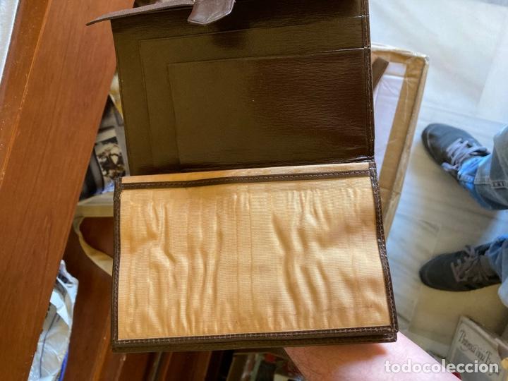 Antigüedades: Lote de carteras de hombre en piel - Foto 9 - 261332155