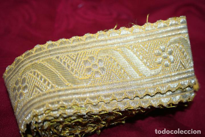 ANTIGUO GALÓN ORO DE DALMÁTICA, 455 METROS LARGO X 5CM ANCHO (Antigüedades - Religiosas - Ornamentos Antiguos)