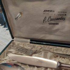 Antigüedades: JUEGO DE CUBIERTOS EN PLATA DE LEY. Lote 261555250