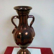 Antigüedades: JARRON DE CERAMICA , TIPO ANFORA ROMANA , COLOR COBRE ,OPORTUNIDAD. Lote 261561445