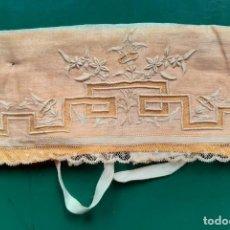 Antiquités: GORRITA BEBE MUY ANTIGUA. Lote 261616260