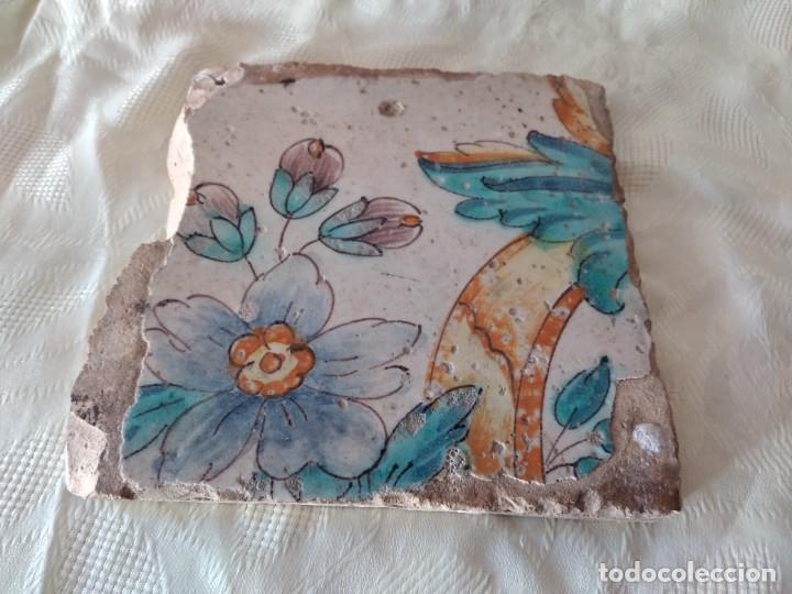 Antigüedades: AZULEJO ANTIGUO flores - SEVILLA / TRIANA . SIGLO XVIII. - Foto 2 - 261664085