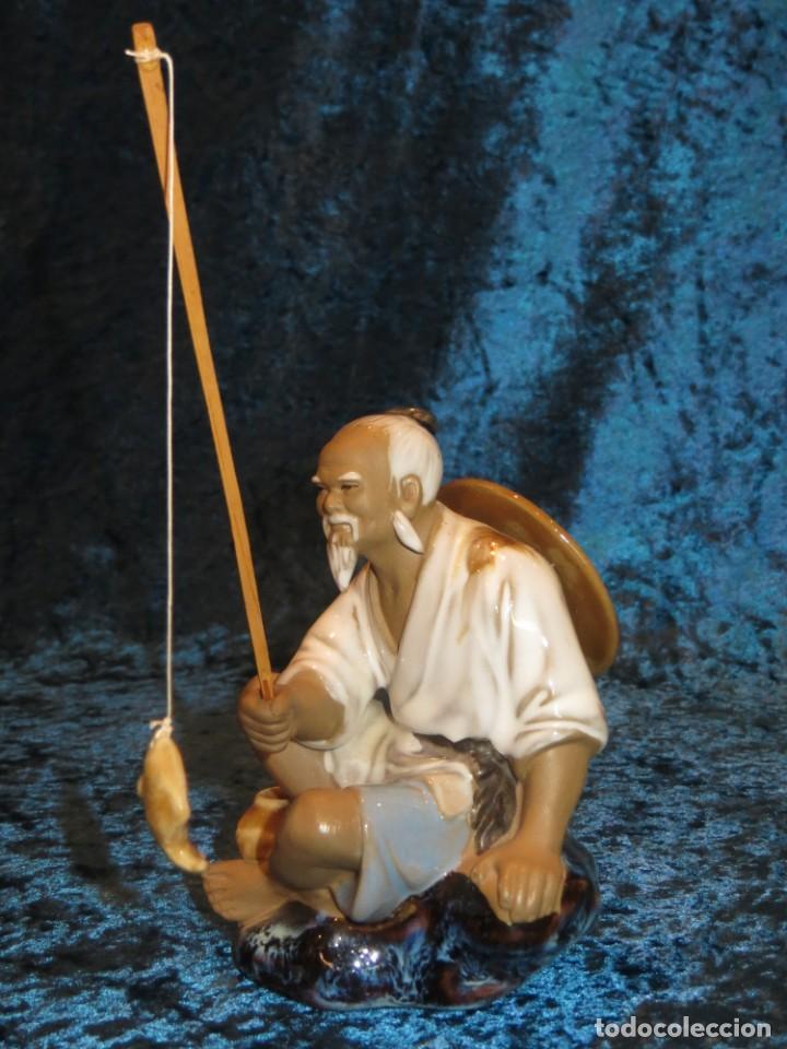 Antigüedades: Figura pescador cerámica vintage Shiwan China circa 1960-1970 - Foto 15 - 261774705
