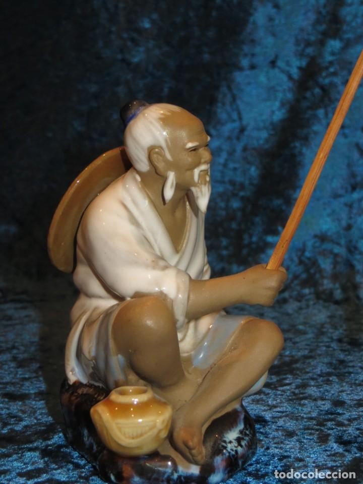 Antigüedades: Figura pescador cerámica vintage Shiwan China circa 1960-1970 - Foto 17 - 261774705