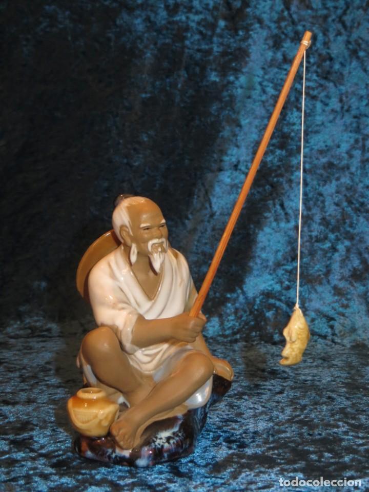 Antigüedades: Figura pescador cerámica vintage Shiwan China circa 1960-1970 - Foto 18 - 261774705