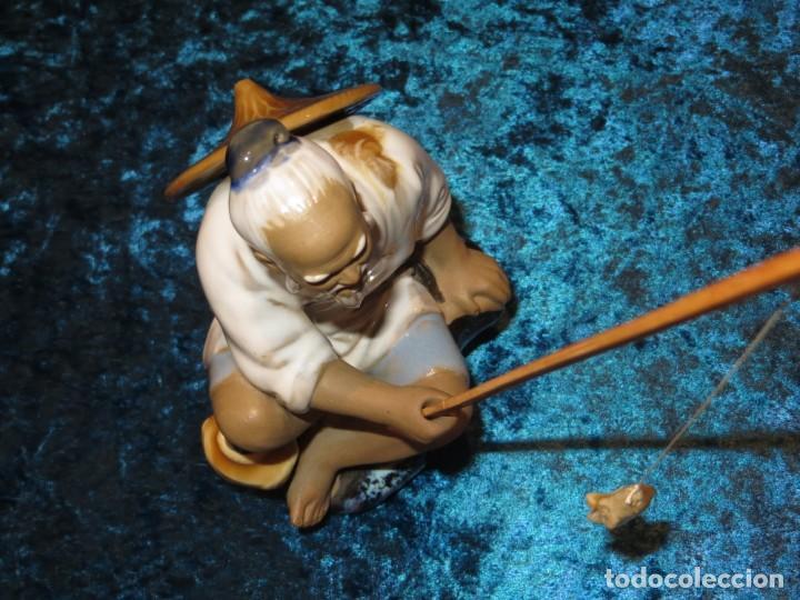 Antigüedades: Figura pescador cerámica vintage Shiwan China circa 1960-1970 - Foto 20 - 261774705