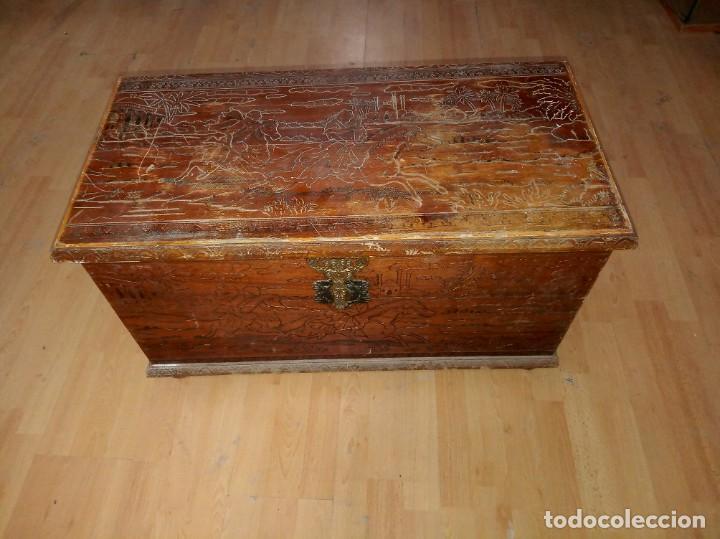 Antigüedades: Baúl madera tallada dibujos árabes para restaurar - Foto 15 - 261801375