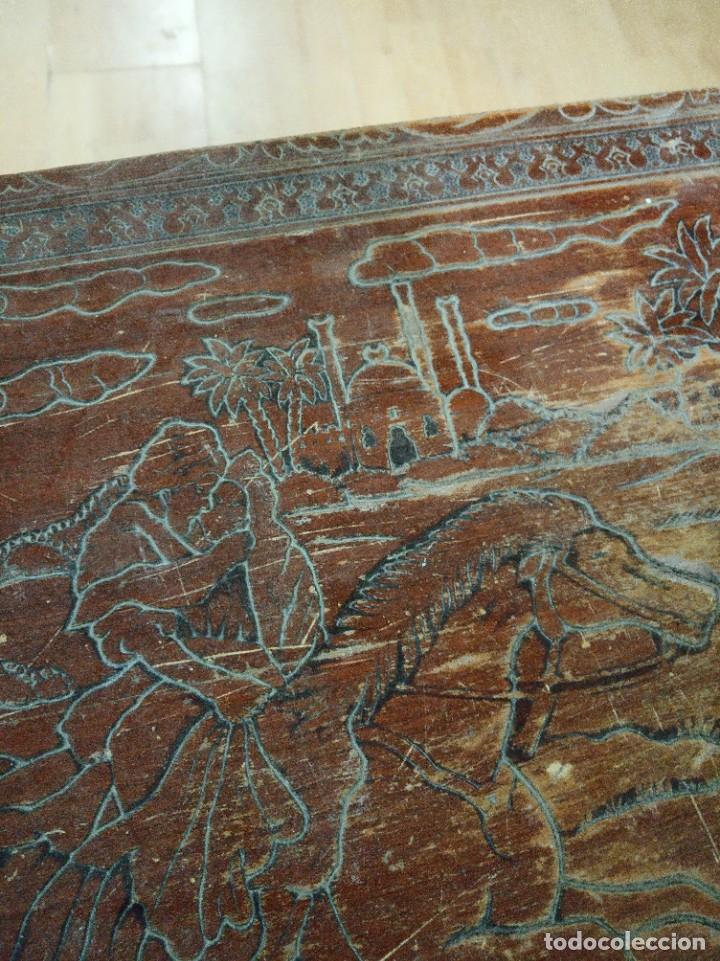 Antigüedades: Baúl madera tallada dibujos árabes para restaurar - Foto 19 - 261801375