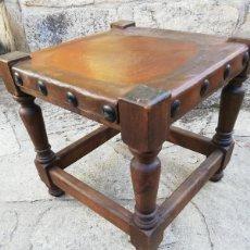 Antigüedades: ANTIGUO TABURETE BAJO DE ESTILO CASTELLANO.. Lote 261923975