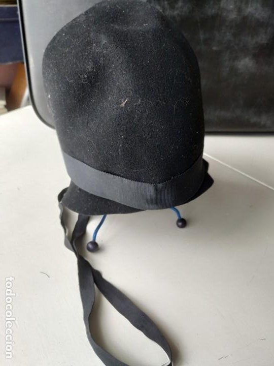 Antigüedades: Antiguo sombrero gorro cloché de fieltro negro. Germaine Ortiz, modes. Años 20. Descosido - Foto 3 - 261938900
