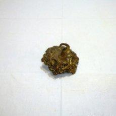Antigüedades: ANTIGUO FLORON DE BRONCE PARA LAMPARA.12 CM.. Lote 261942095