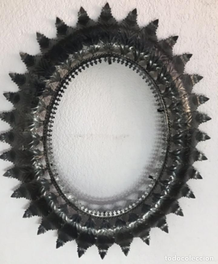Antigüedades: Precioso Antiguo Marco para espejo sol metal , conserva su patina y satinado buen estado - Foto 8 - 261948595
