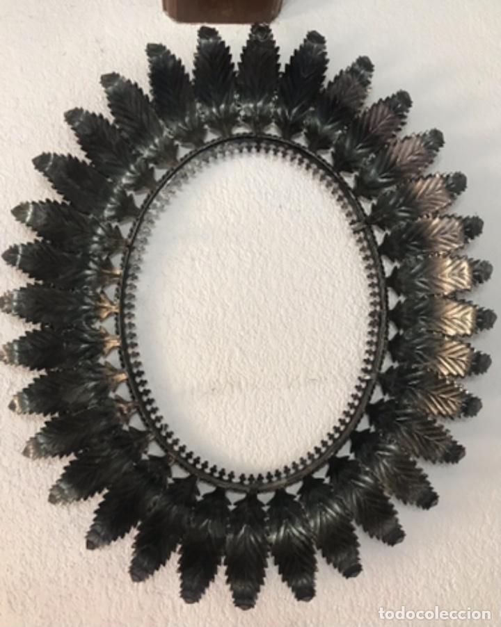 Antigüedades: Precioso Antiguo Marco para espejo sol metal , conserva su patina y satinado buen estado - Foto 17 - 261948595