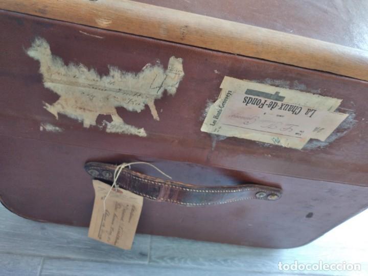 Antigüedades: Antiguo baúl de viaje. madera forrado. - Foto 7 - 261960410