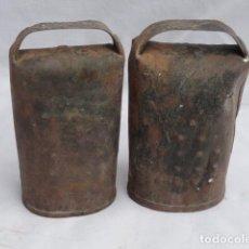 Antigüedades: 2 CENCERROS PEQUEÑOS.. Lote 261990985