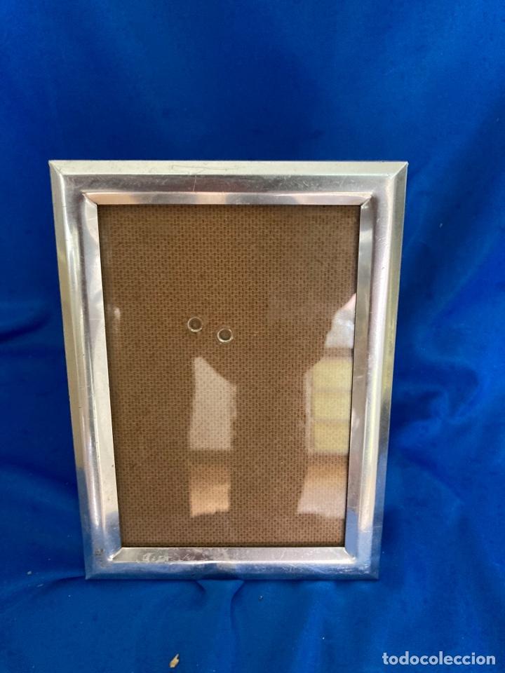 Antigüedades: Portafotos de metal plateado brillante, de los años 60 - Foto 2 - 262018095