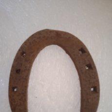 Antigüedades: HERRADURA ANTIGUA HIERRO FORJADO. Lote 262045940