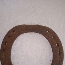 Antigüedades: HERRADURA ANTIGUA HIERRO FORJADO. Lote 262046065