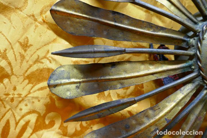 Antigüedades: PRECIOSO ESPEJO SOL DE BRONCE, TOTAL 50 CM - Foto 8 - 262070195