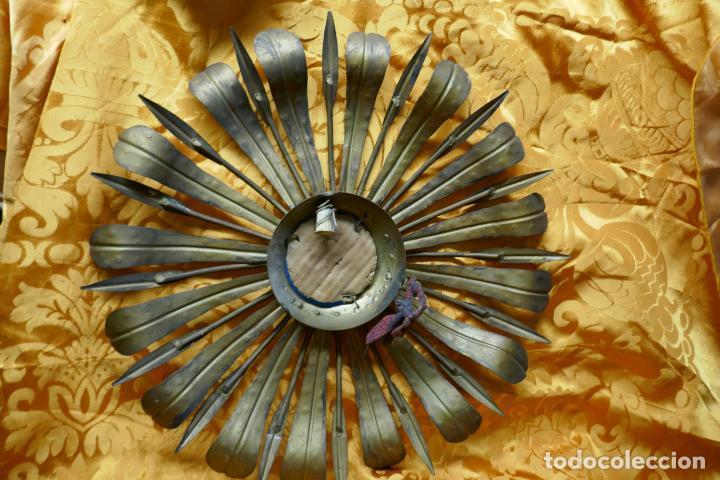 Antigüedades: PRECIOSO ESPEJO SOL DE BRONCE, TOTAL 50 CM - Foto 10 - 262070195