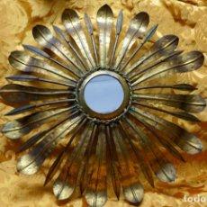 Antigüedades: PRECIOSO ESPEJO SOL DE BRONCE, TOTAL 50 CM. Lote 262070195