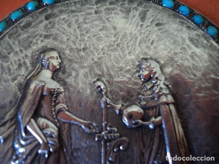 Antigüedades: muy antiguo medallón o placa plata 900 turquesas Felipe V y Isabel de Farnesio siglo XVIII - Foto 3 - 262150450