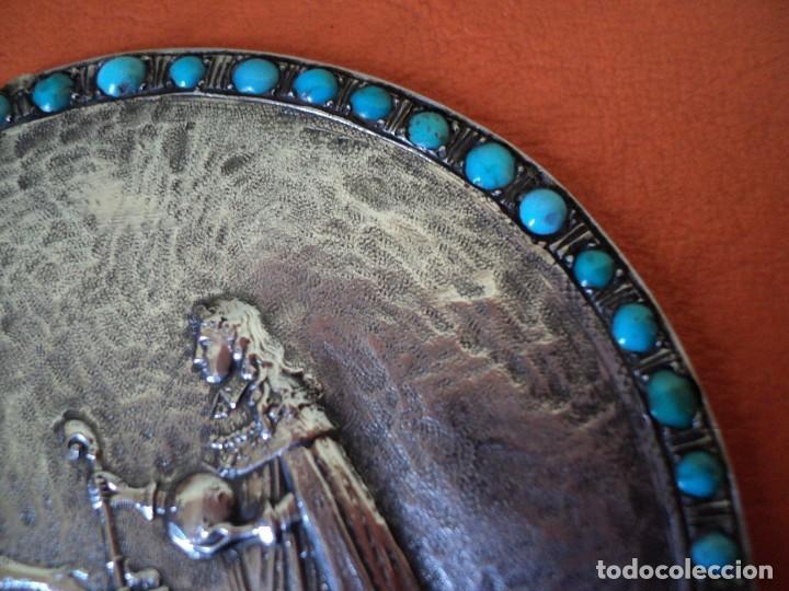 Antigüedades: muy antiguo medallón o placa plata 900 turquesas Felipe V y Isabel de Farnesio siglo XVIII - Foto 4 - 262150450