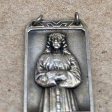 Antigüedades: MEDALLA DE PLATA RELIGIOSA. Lote 262278105