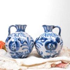 Antigüedades: CONJUNTO DE ACEITERA Y VINAGRERA DE CERAMICA DE FAJALAUZA, GRANADA. Lote 262344440